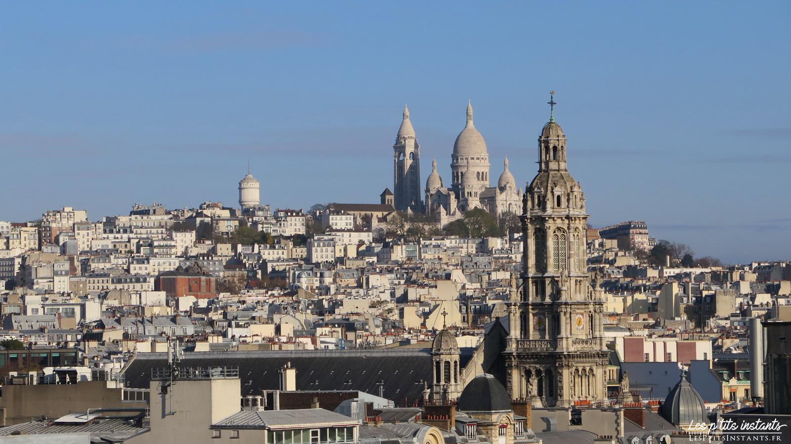 L'Eglise de la Trinité et la Basilique du Sacré Cœur de Montmartre, depuis la terrasse panoramique du Printemps