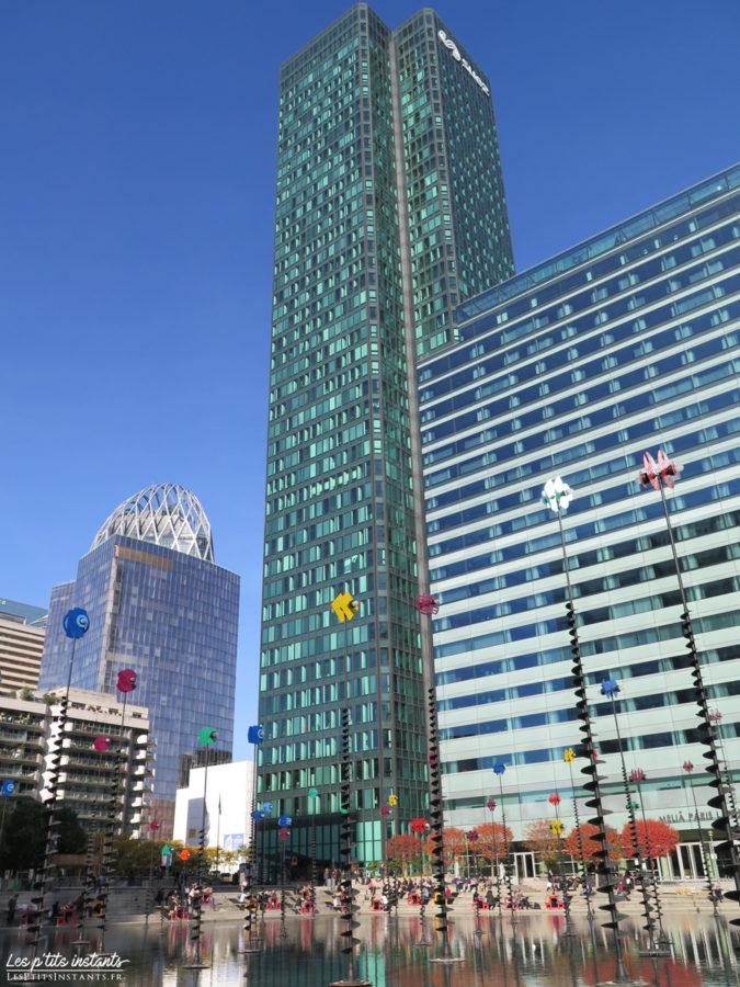 De gauche à droite, les tours D2, CB21 et Melia, La Défense