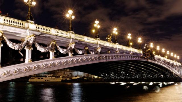 Une nuit d'hiver au Pont Alexandre III